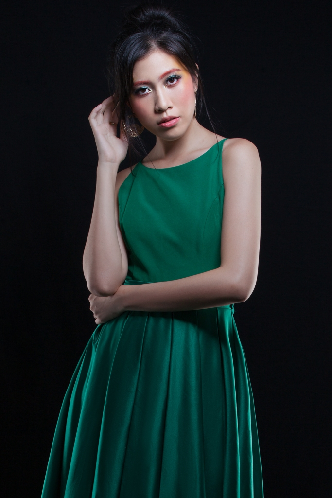 Emerald Editorial Makeup by Yue Qi